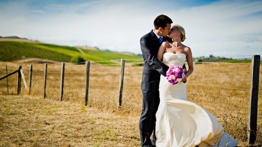 Wedding-Photography-Love-couple-Wallpaper-HD-1920x1080