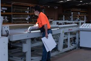 timber-veneer-press