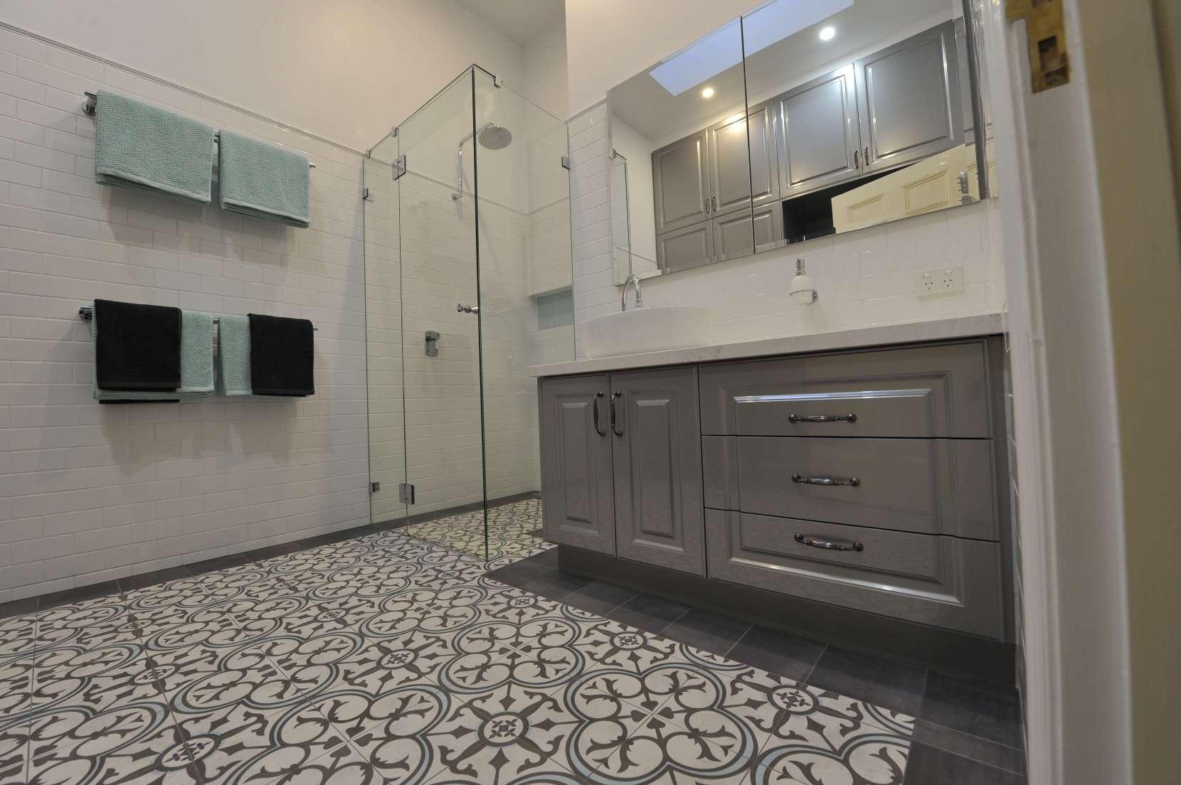 dnabathrooms
